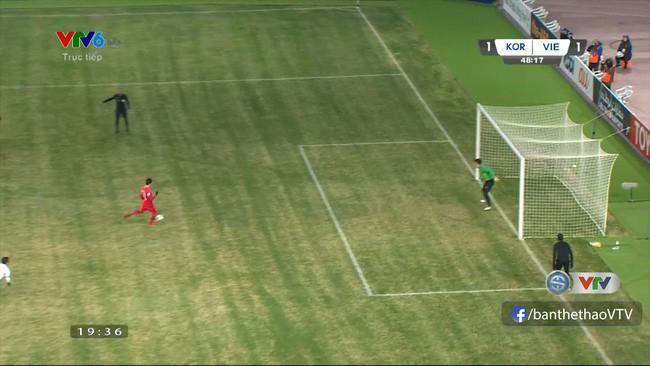 Thủ thành U23 Việt Nam cản phá penalty cực đỉnh - Ảnh 2.