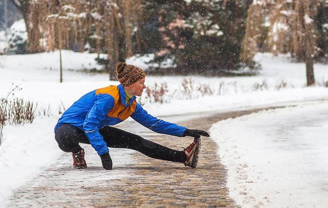 Trời thì lạnh mà bạn muốn giảm đi vài cân, đừng ngại ngần làm ngay những cách hay ho này - Ảnh 1.