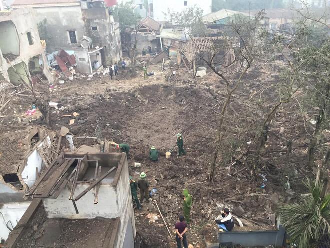 Nổ kinh hoàng ở Bắc Ninh lúc rạng sáng khiến 2 cháu bé tử vong, nhiều ngôi nhà bị san phẳng - Ảnh 6.