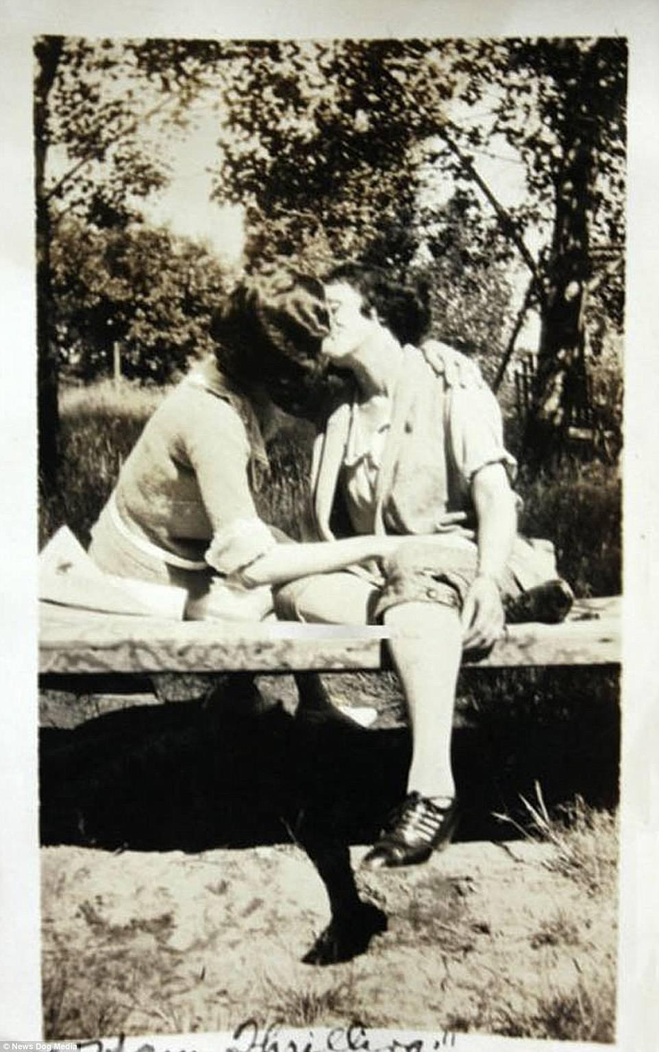 Chuyện kể qua ảnh: những chuyện tình đồng tính nữ phi thường vào thế kỷ 19 - 20 - Ảnh 7.