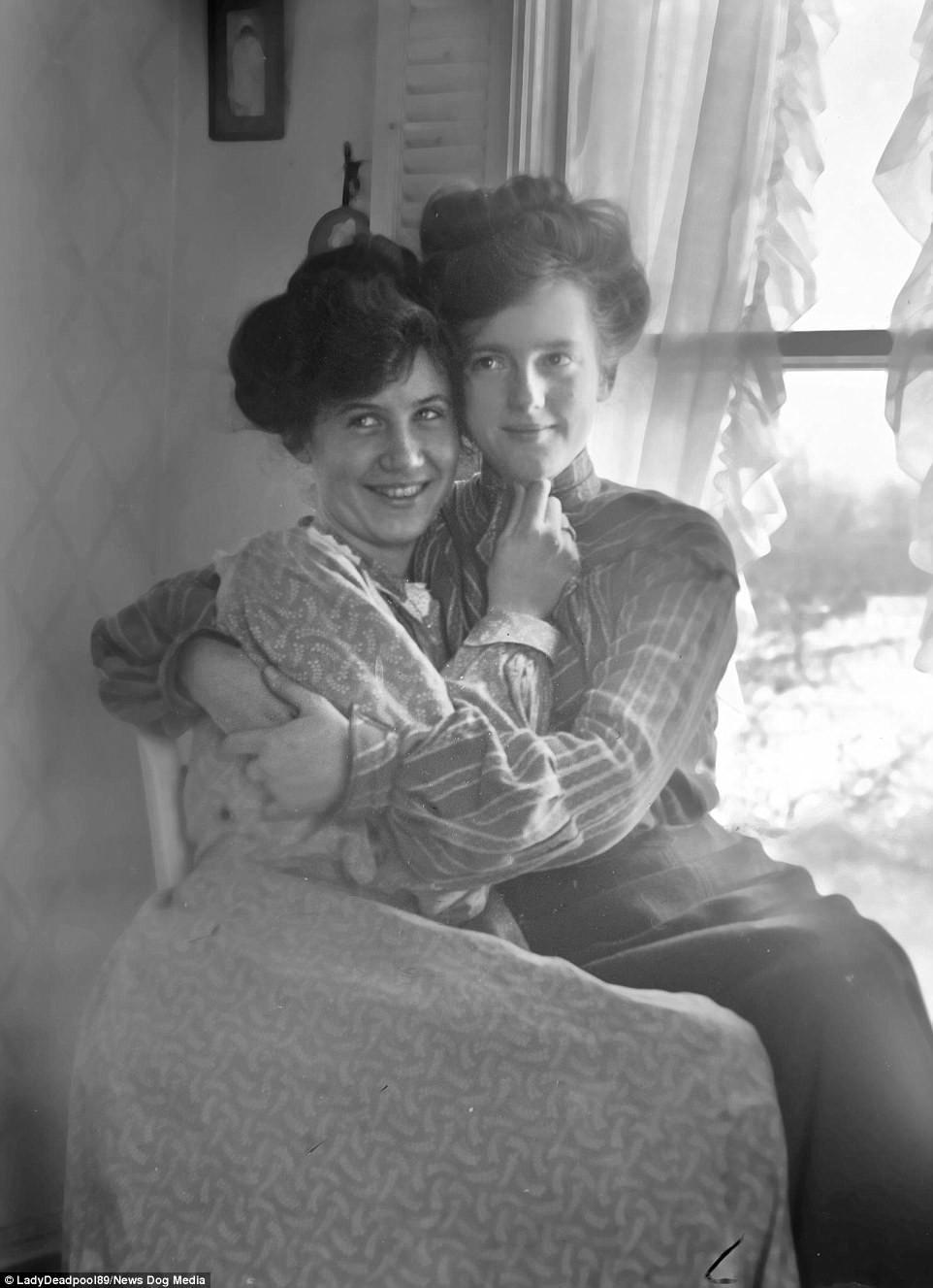 Chuyện kể qua ảnh: những chuyện tình đồng tính nữ phi thường vào thế kỷ 19 - 20 - Ảnh 9.