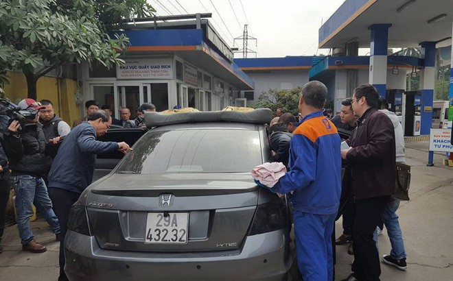 Kỹ sư Honda lên tiếng vụ xe ô tô dung tích bình xăng 70L đổ được gần 82L - Ảnh 1.