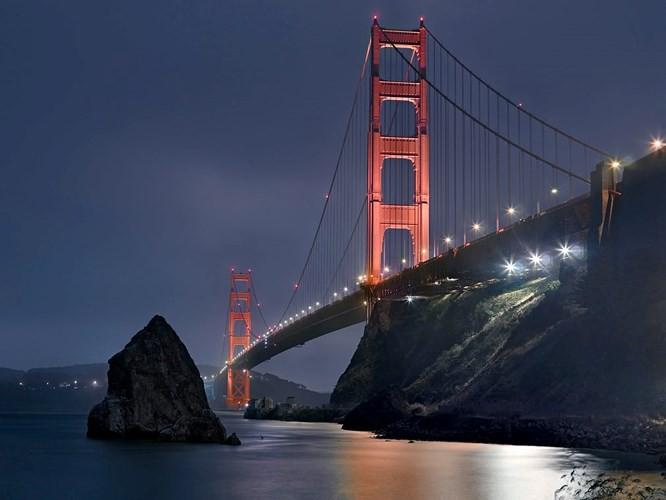 Chiêm ngưỡng những thành phố rực rỡ nhất thế giới về đêm - Ảnh 2.