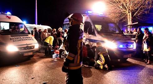 Cháy khu vui chơi ở Bồ Đào Nha làm hàng chục người thương vong - Ảnh 1.