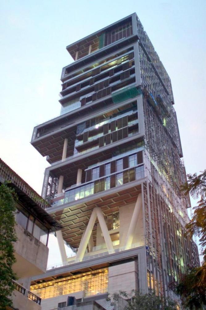 12 biệt thự gây tranh cãi trên thế giới, Việt Nam cũng có 2 toà nhà trong danh sách này - Ảnh 1.