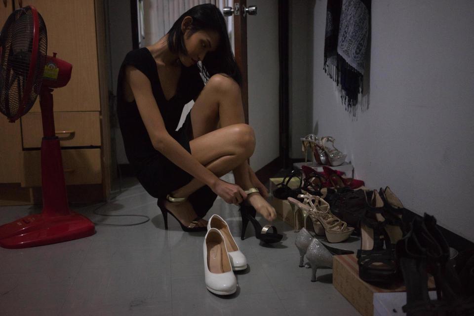 Vượt qua trầm cảm và định kiến, cô gái chuyển giới Thái Lan vươn lên thành một người mẫu xinh đẹp - Ảnh 8.
