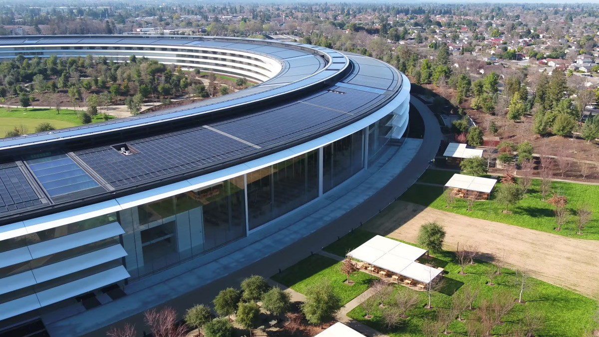 Apple vừa hoàn thành xong trụ sở mới cực hoành tráng, trông như đĩa bay ngoài hành tinh - Ảnh 1.