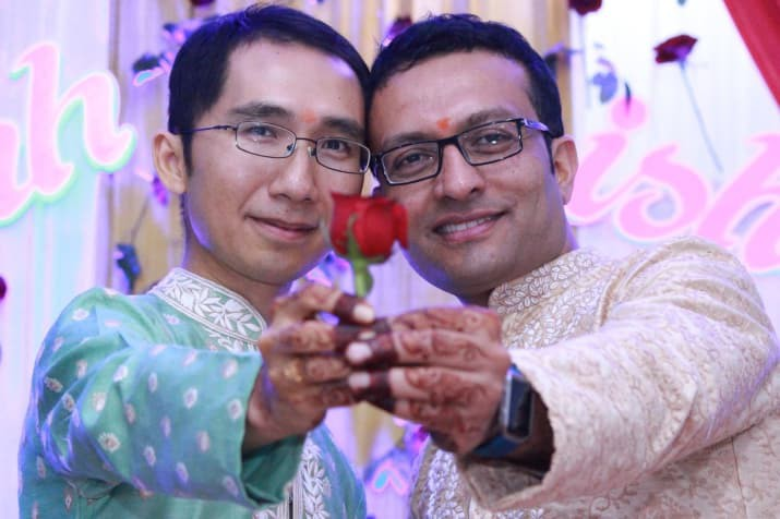 Đám cưới của chàng trai gốc Việt với bạn trai theo phong cách truyền thống Hindu gây nức lòng cộng đồng LGBT - Ảnh 6.