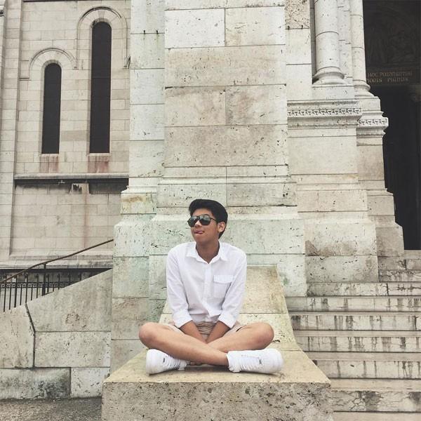18 tuổi nhưng thiếu gia út nhà chồng Hà Tăng đã có cuộc sống vạn người mơ - Ảnh 1.