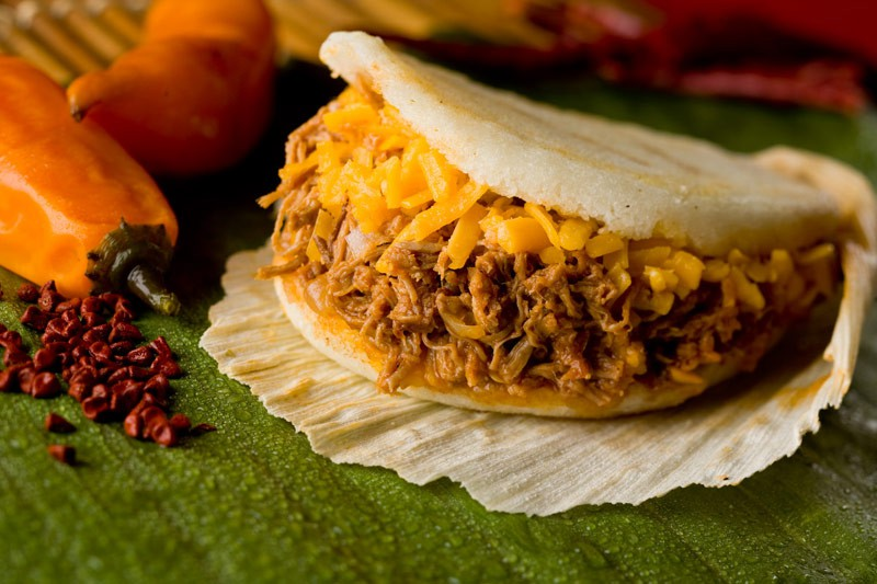 CNN vinh danh 30 đặc sản ngon nhất thế giới, Việt Nam có tới 2 món ăn trong danh sách này - Ảnh 11.