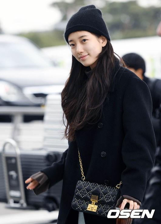 Suzy để mặt mộc 100% cũng xinh đẹp hết phần người ta - Ảnh 3.