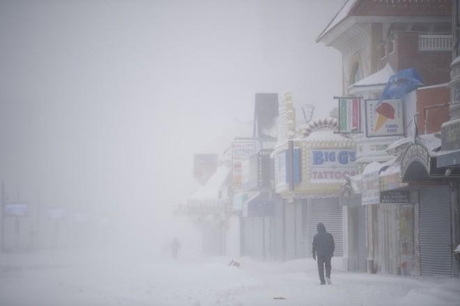 Bom bão tuyết khiến Mỹ lạnh thứ hai hành tinh, mùa đông ở Bắc Cực chưa là gì! - Ảnh 3.