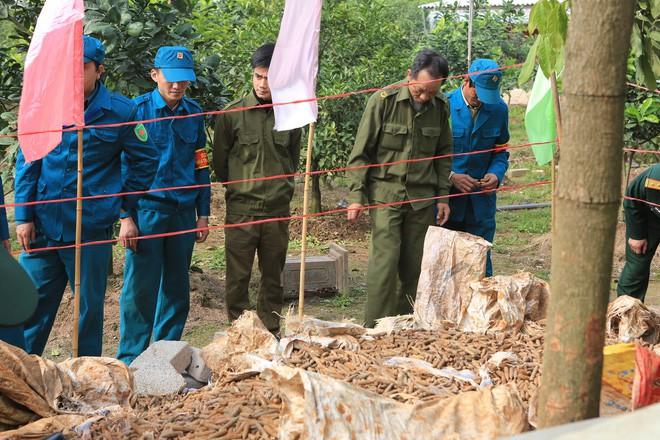 Vụ phát hiện đạn trong nhà dân ở Hưng Yên: Mới được thu gom 2 tháng gần đây - Ảnh 3.