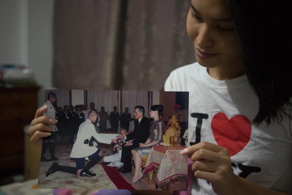 Vượt qua trầm cảm và định kiến, cô gái chuyển giới Thái Lan vươn lên thành một người mẫu xinh đẹp - Ảnh 9.
