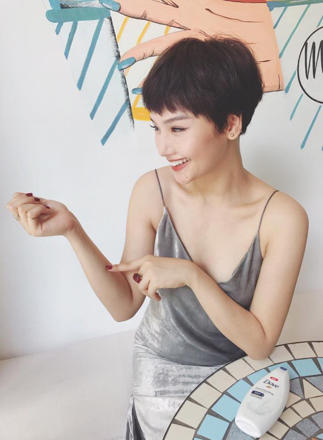 Nếu tóc tém chuẩn bị trở thành hot trend của 2018, thì đây chính là 5 người đẹp đang tiên phong xu hướng - Ảnh 24.