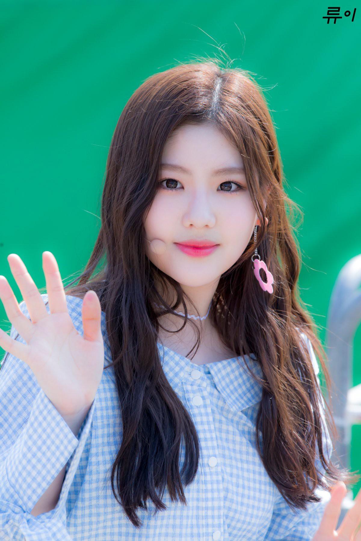 Nam thanh nữ tú thần tượng thế hệ 2000: Ai sẽ là nhân tố đáng mong đợi nhất của làng giải trí xứ Hàn? - Ảnh 35.
