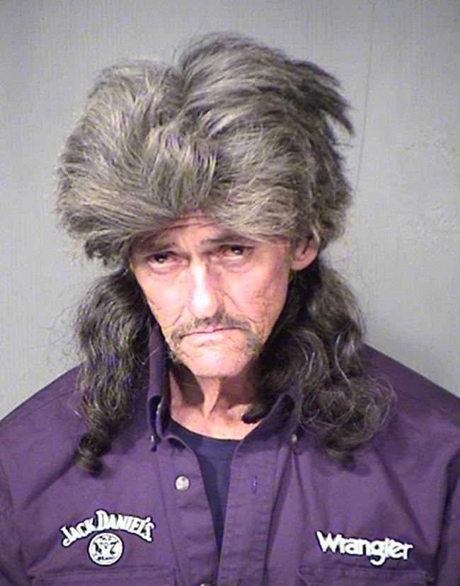 15 tên tội phạm khiến cảnh sát cười chết ngất vì kiểu tóc xấu hết chỗ nói - Ảnh 7.