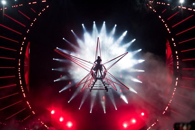Những thiệt thòi mà fan Việt có thể phải chịu khi Katy Perry mang tour diễn hoành tráng đến Việt Nam - Ảnh 5.