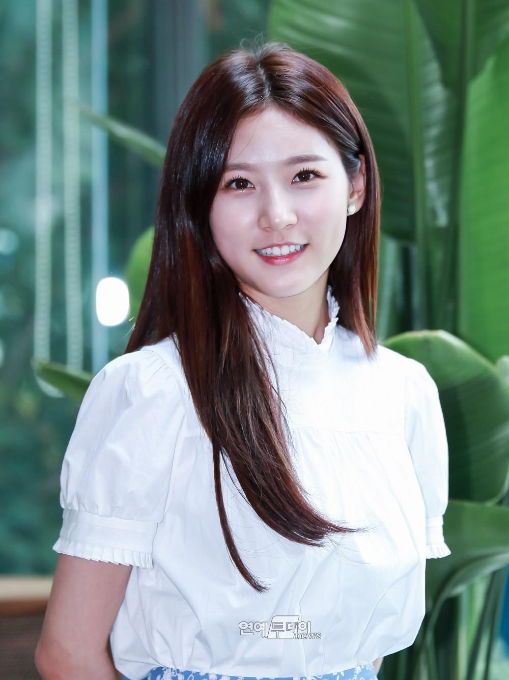 Nam thanh nữ tú thần tượng thế hệ 2000: Ai sẽ là nhân tố đáng mong đợi nhất của làng giải trí xứ Hàn? - Ảnh 6.