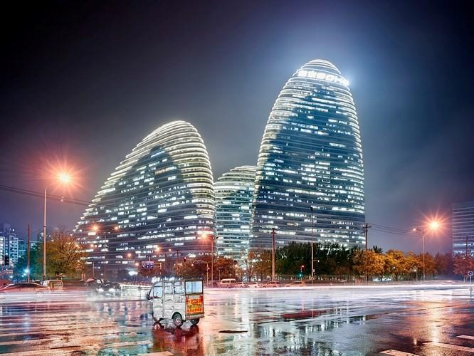 Chiêm ngưỡng những thành phố rực rỡ nhất thế giới về đêm - Ảnh 4.