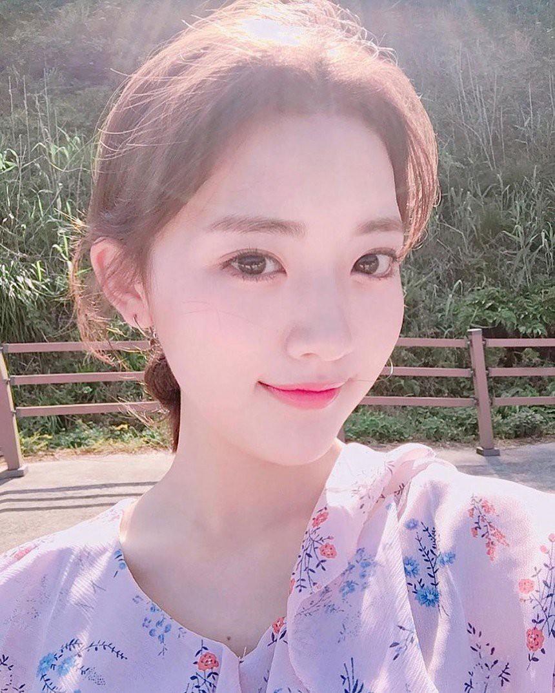 Nam thanh nữ tú thần tượng thế hệ 2000: Ai sẽ là nhân tố đáng mong đợi nhất của làng giải trí xứ Hàn? - Ảnh 10.