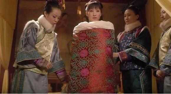 1001 quy tắc ân ái của Hoàng đế Trung Hoa: Con đường gian nan của các phi tần, mỹ nữ để đến với long sàng - Ảnh 5.