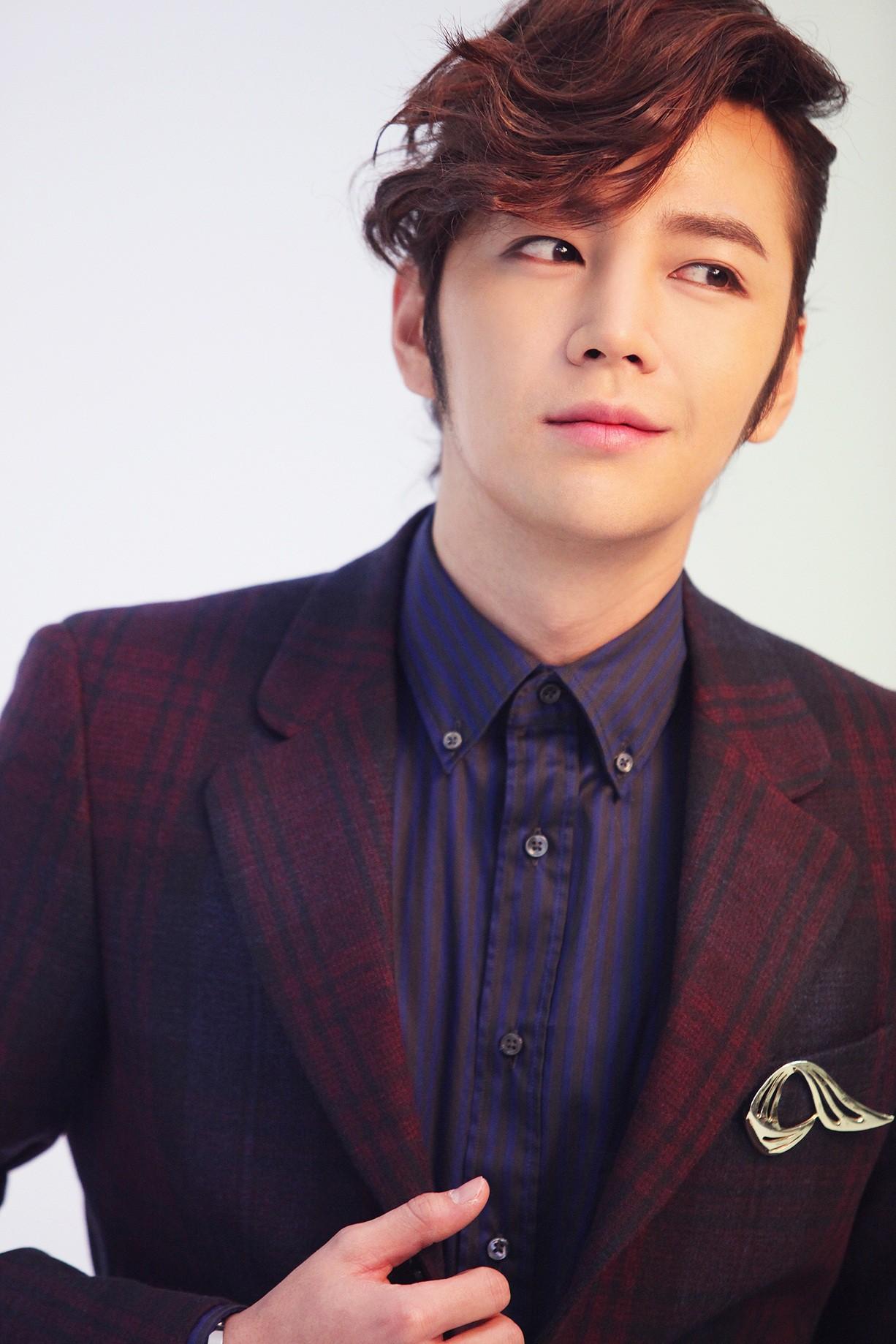 Với khối tài sản nghìn tỉ, Jeon Ji Hyun chễm chệ trong Top 10 đại gia bất động sản năm 2017 giữa 2 ông lớn showbiz - Ảnh 9.
