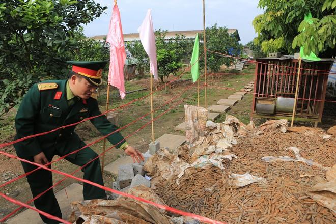Vụ phát hiện đạn trong nhà dân ở Hưng Yên: Mới được thu gom 2 tháng gần đây - Ảnh 5.