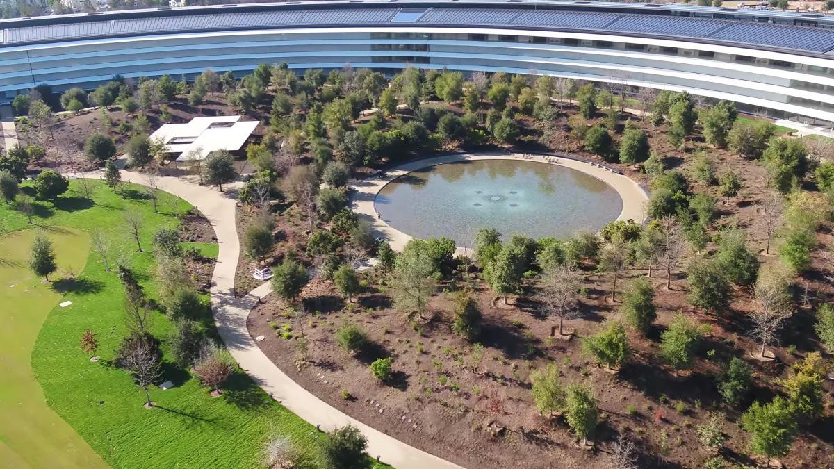 Apple vừa hoàn thành xong trụ sở mới cực hoành tráng, trông như đĩa bay ngoài hành tinh - Ảnh 4.
