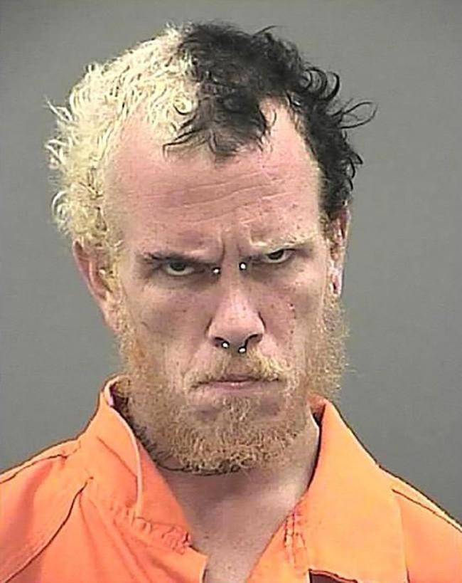 15 tên tội phạm khiến cảnh sát cười chết ngất vì kiểu tóc xấu hết chỗ nói - Ảnh 13.