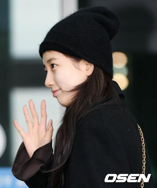 Suzy để mặt mộc 100% cũng xinh đẹp hết phần người ta - Ảnh 10.