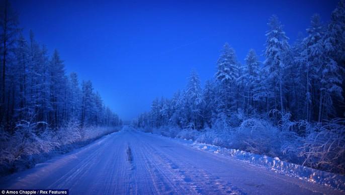 Ngôi làng Cực lạnh từng chịu đựng nhiệt độ -71,2 độ C - Ảnh 10.