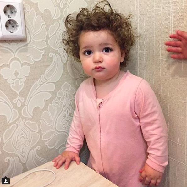 Thiên thần nhí sở hữu gần 300k người theo dõi trên Instagram vì quá xinh - Ảnh 11.