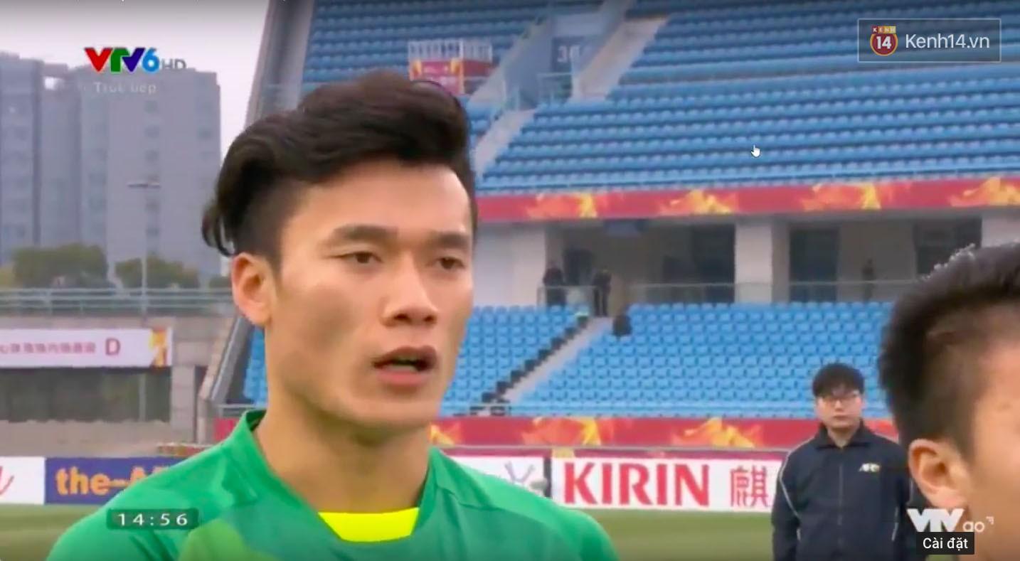 Bùi Tiến Dũng trong trận bán kết U23 châu Á: Có nhất thiết phải đẹp trai thế không! - Ảnh 2.