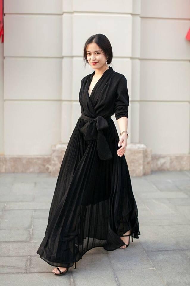 Hương Giang Idol lên đời phong cách, diện street style oách chẳng kém các Bông Hậu - Ảnh 9.