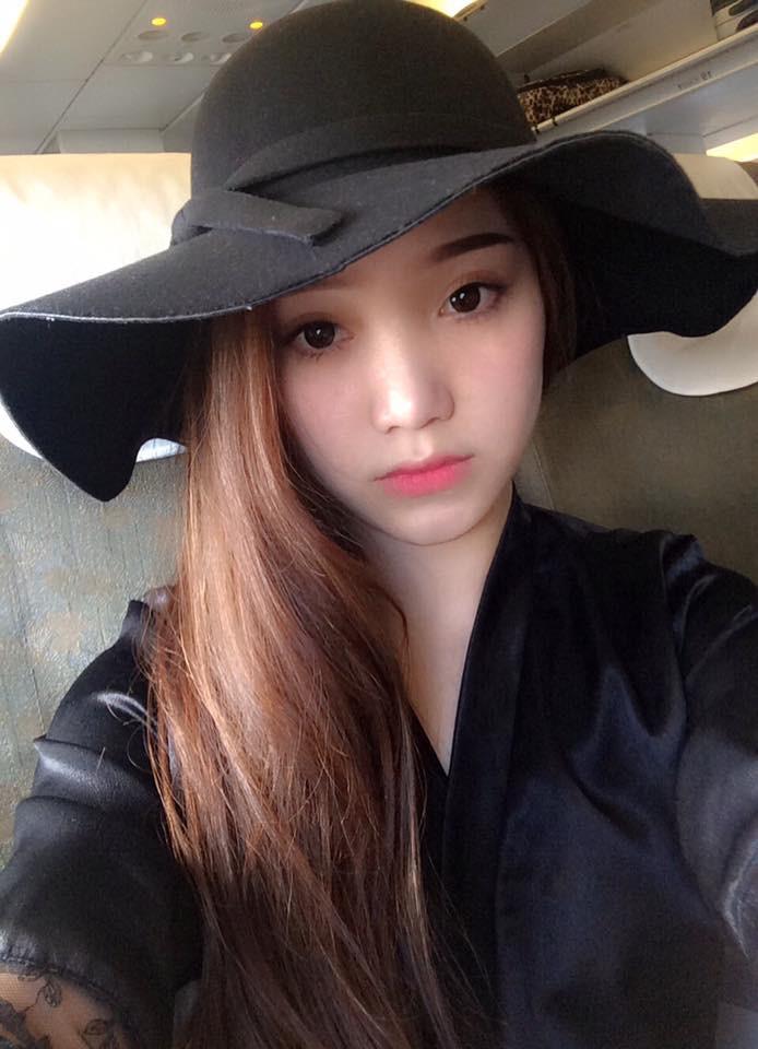 Đúng là chỉ còn Bùi Tiến Dũng độc thân, Vũ Văn Thanh đã có bạn gái rất xinh rồi! - Ảnh 3.