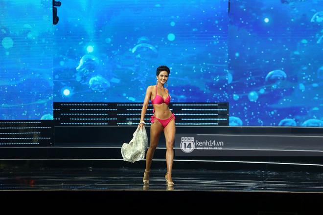 Bất ngờ chưa? Thí sinh rớt Next Top Model vượt mặt 2 Quán quân, đăng quang Hoa hậu Hoàn vũ VN! - Ảnh 7.