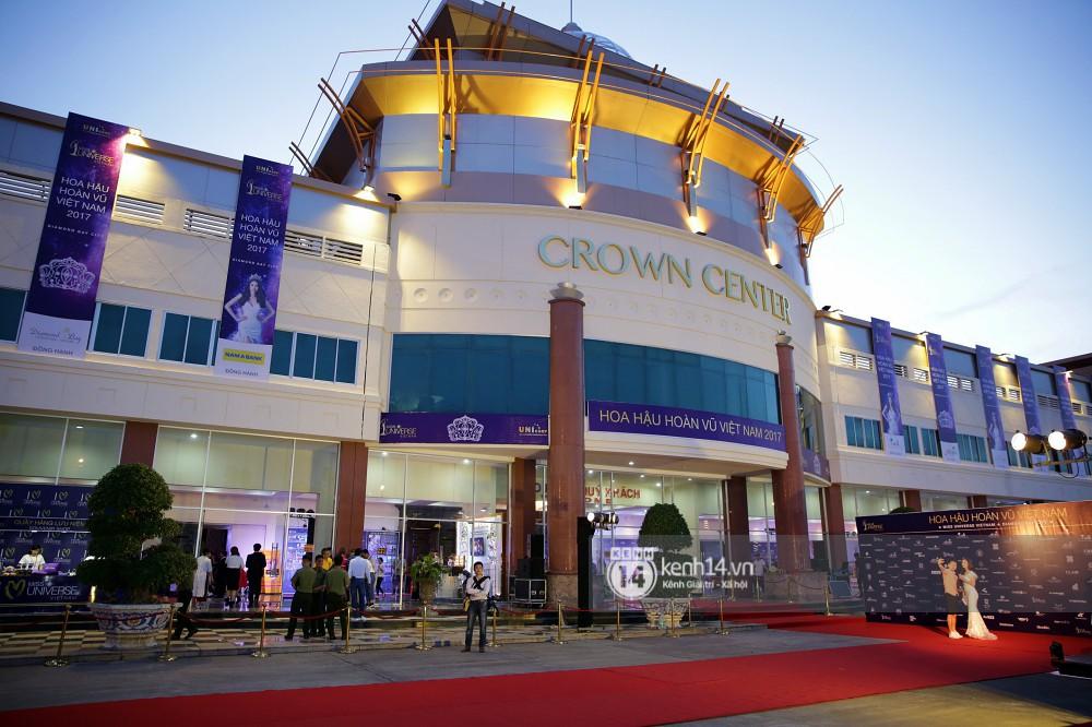 Đột nhập sân khấu hoành tráng sức chứa 7500 chỗ, nơi diễn ra chung kết Hoa hậu Hoàn vũ Việt Nam 2017 1