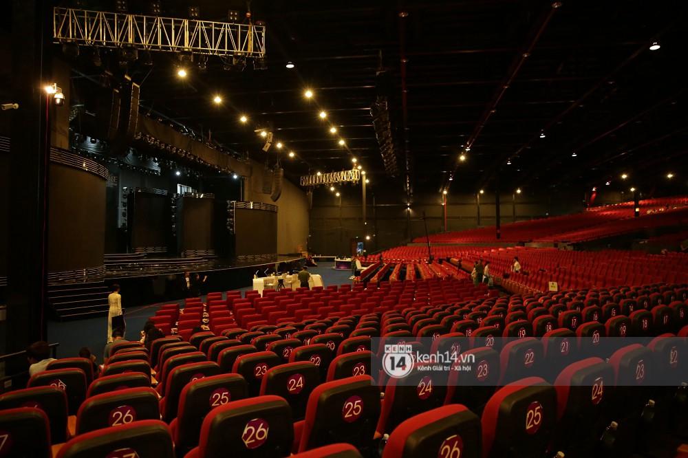 Đột nhập sân khấu hoành tráng sức chứa 7500 chỗ, nơi diễn ra chung kết Hoa hậu Hoàn vũ Việt Nam 2017 2