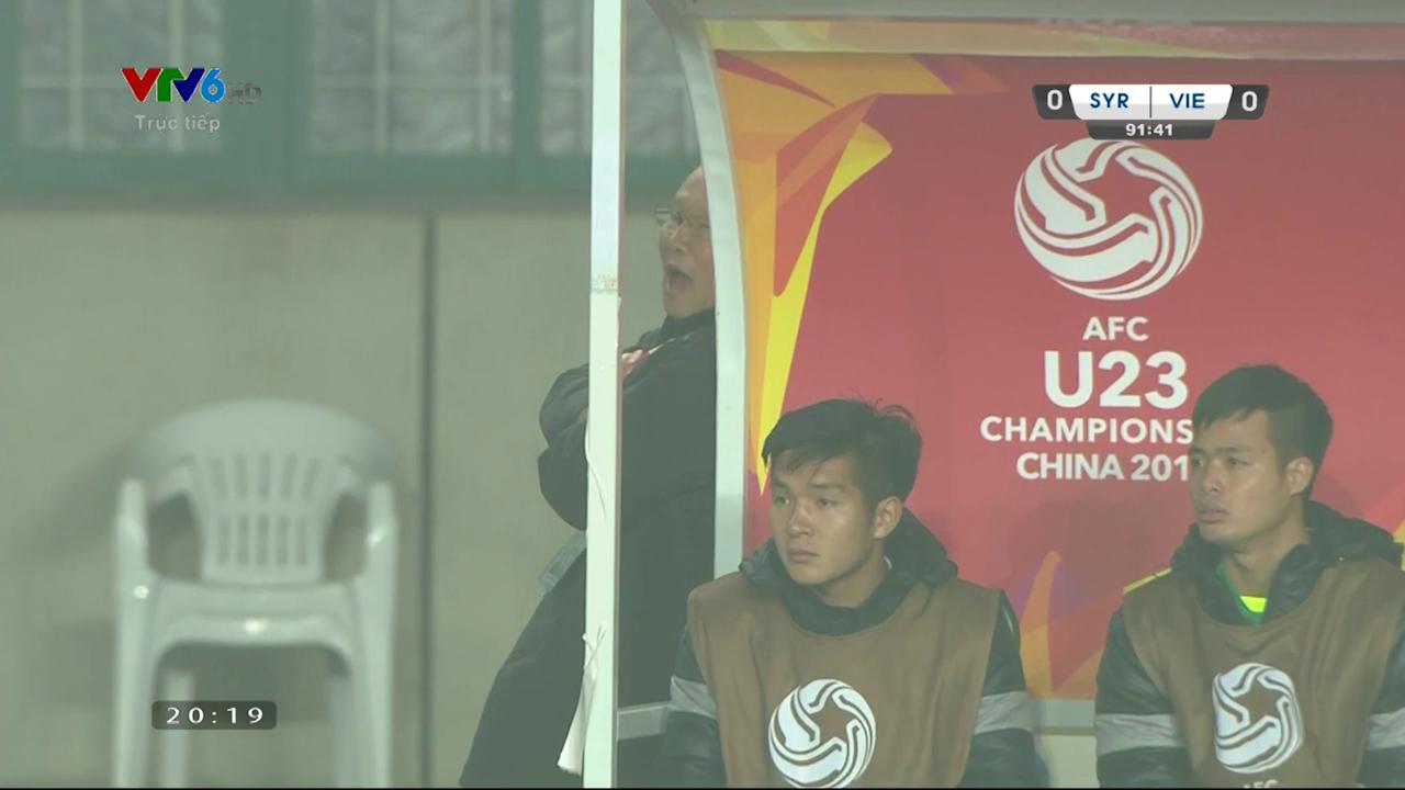 Khoảnh khắc này cho thấy chiến tích mà U23 Việt Nam giành được đau tim đến thế nào - Ảnh 2.