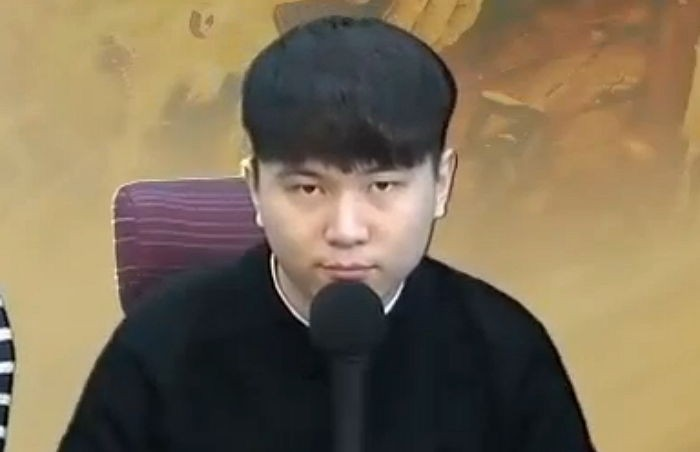 Cái kết đắng cho Streamer vì công khai quấy rối tình dục Shin Min Ah và Yoona trên sóng trực tiếp