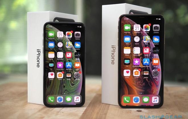 Smartphone ngày càng đắt đỏ và một phần lỗi nằm ở chúng ta - Ảnh 1.