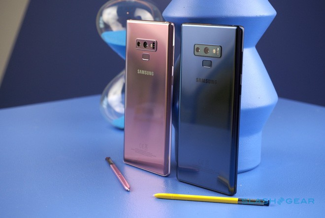 Smartphone ngày càng đắt đỏ và một phần lỗi nằm ở chúng ta - Ảnh 2.