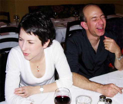 Lương duyên 25 năm của ông chủ Amazon và vợ: Chưa kịp yêu đã cưới từ thuở cơ hàn, tan vỡ trên đỉnh cao giàu sang phú quý - Ảnh 13.