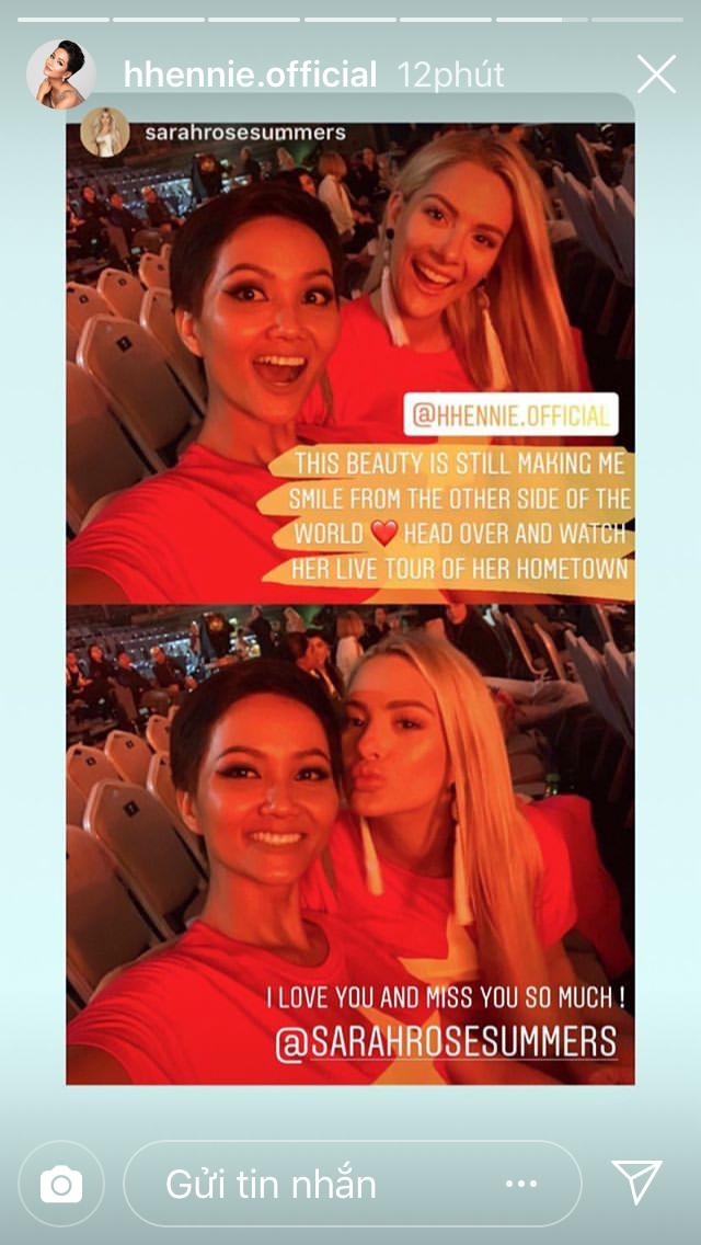 Hoa hậu Mỹ bất ngờ đăng ảnh diện áo cờ đỏ sao vàng, khen ngợi H'Hen Niê sau ồn ào chê bai trình độ tiếng Anh tại Miss Universe 2018 - Ảnh 2.