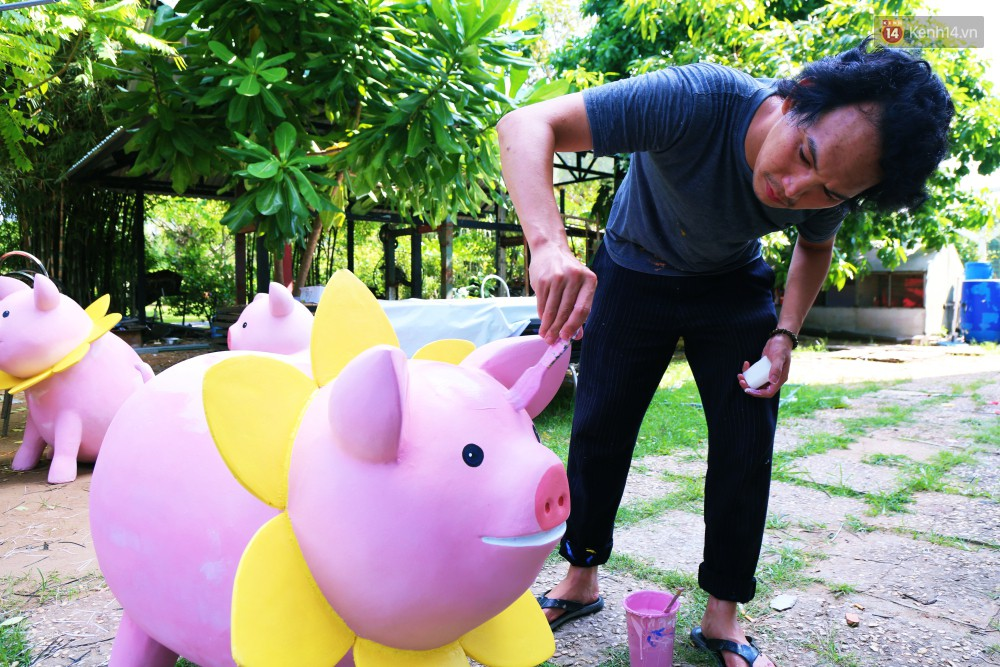 Ngắm 50 chú heo mập đáng yêu sắp được ra đường hoa Nguyễn Huệ đón Tết Kỷ Hợi 2019 - Ảnh 20.