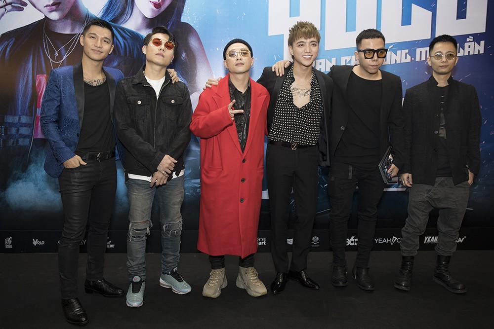 """""""Trai hư"""" Soobin Hoàng Sơn hóa quý ông lịch lãm tại họp báo """"Yolo the Movie"""" - Ảnh 9."""