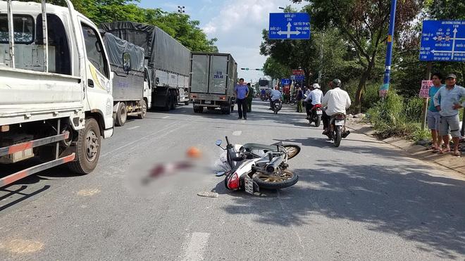Cô gái 20 tuổi chết thảm sau va chạm trên đường phố ở Sài Gòn - Ảnh 1.