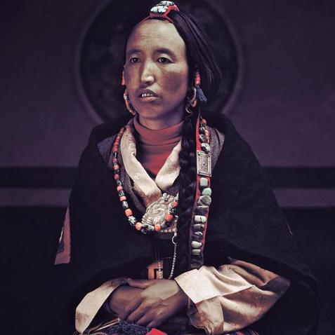 Chùm ảnh khắc họa vẻ đẹp mê hoặc của thổ dân trong các bộ lạc thiểu số vòng quanh thế giới - Ảnh 26.