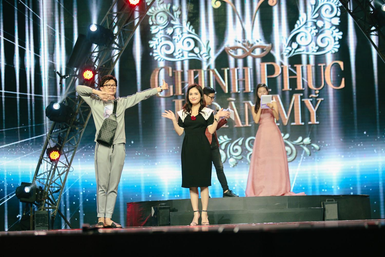 2 nhan sắc chuyển giới Hương Giang - Yoshi đọ mặt mộc trong buổi tổng duyệt Chung kết The Tiffany Vietnam - Ảnh 5.